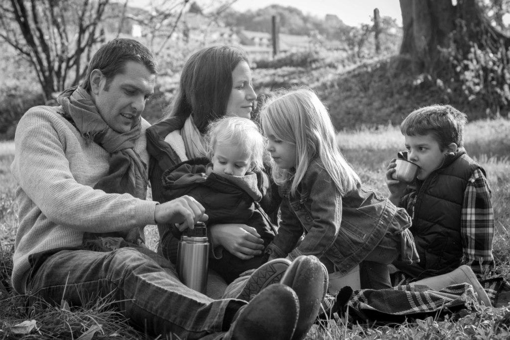 Outdoor lifestyle family photography
