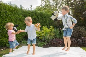 Smiley Day Photography jumping children